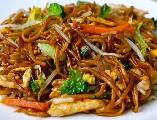 Stir Fry Egg Noodles with Chicken